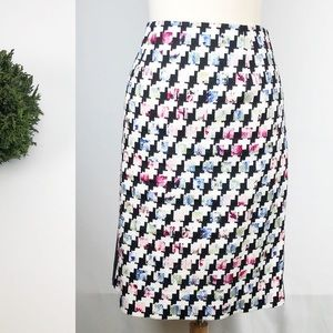 WHBM Houndstooth Check Pencil Skirt